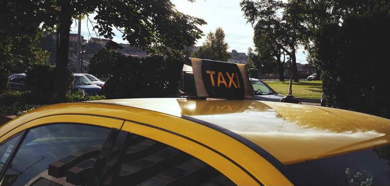 Как оформить страховку КАСКО для такси
